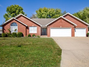 3231 West Kingsley Street Springfield, MO 65807 - Image 1
