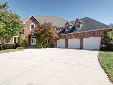 4782 South Woodpointe Avenue Springfield, MO 65810 - Image 1