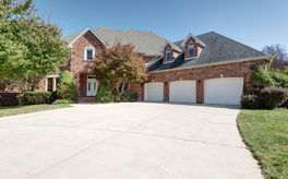 Photo Of 4782 South Woodpointe Avenue Springfield, MO 65810
