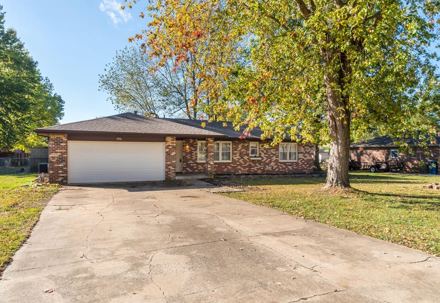 6946 West Lone Oak Street Springfield, MO 65803 - Photo 2