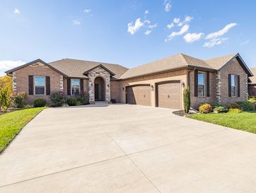 5825 South Cottonwood Drive Battlefield, MO 65619 - Image 1