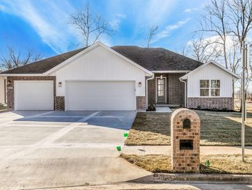 114 East Lombardy Drive Republic, MO 65738 - Image 1