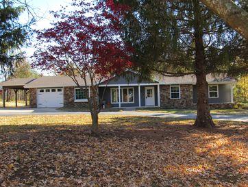122 Hillsboro Drive Marshfield, MO 65706 - Image 1