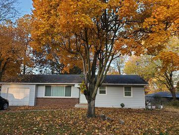 103 North Melody Lane Marionville, MO 65705 - Image 1