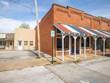 23 East Washington Street Marionville, MO 65705 - Image 1