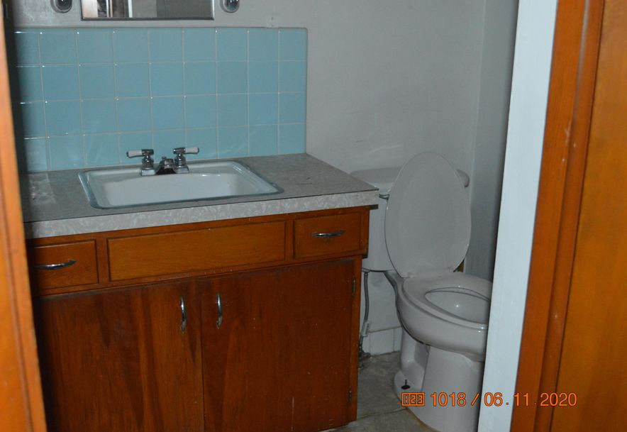 1201 South Jefferson Avenue Aurora, MO 65605 - Photo 12