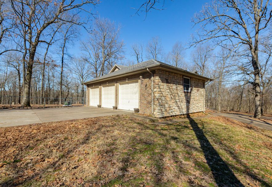 2441 State Hwy Zz Clever, MO 65631 - Photo 30