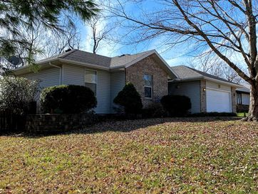 588 Walnut Grove Circle Nixa, MO 65714 - Image 1