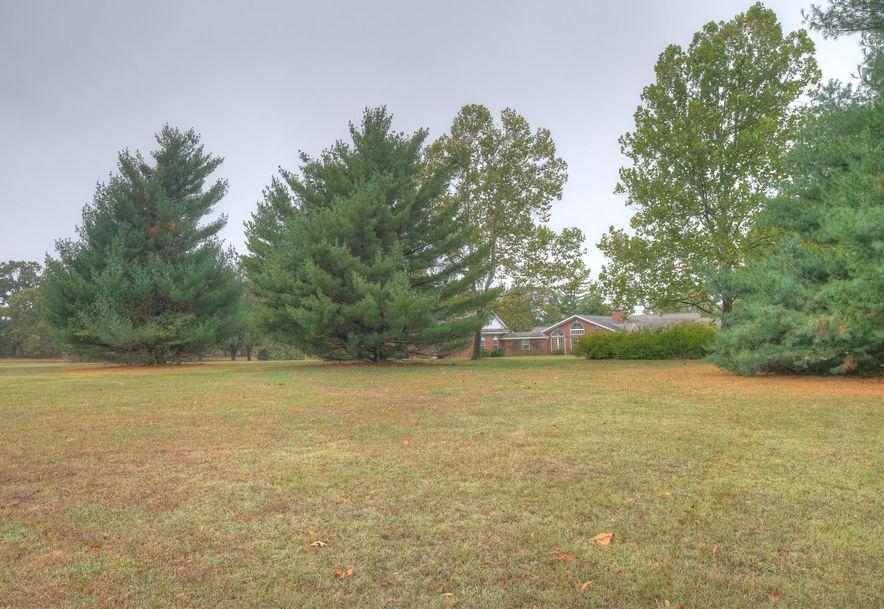 2040 Oak Ridge Drive Neosho, MO 64850 - Photo 6