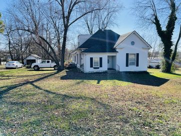 120 West Cherry Street Fair Grove, MO 65648 - Image