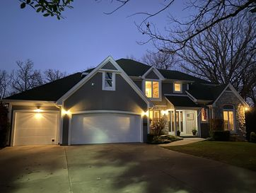 4001 Woodcrest Court Joplin, MO 64804 - Image 1