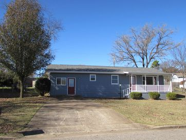 1811 Colonial Drive Branson, MO 65616 - Image 1
