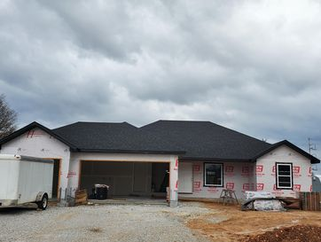 5742 East Conservatory Place Strafford, MO 65757 - Image