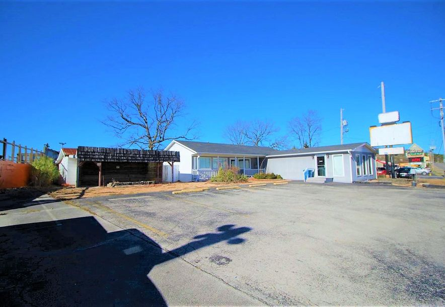 3620 West 76 Country Boulevard Branson, MO 65616 - Photo 4