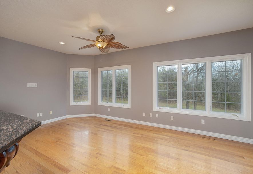 4733 West Woods End Drive Springfield, MO 65803 - Photo 24