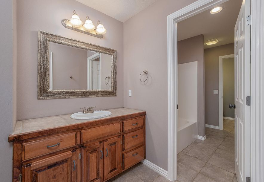 4733 West Woods End Drive Springfield, MO 65803 - Photo 32