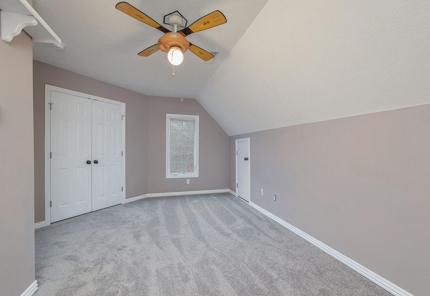 4733 West Woods End Drive Springfield, MO 65803 - Photo 35