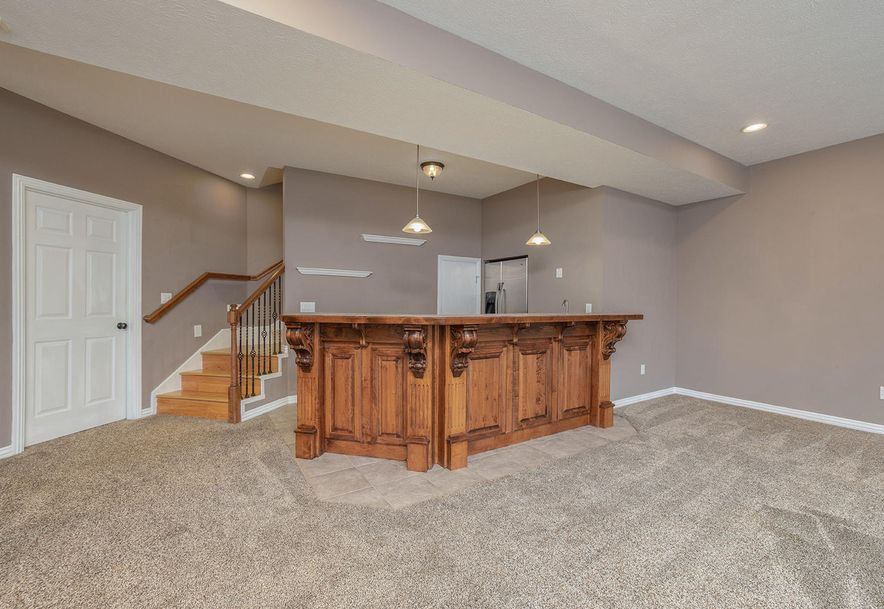 4733 West Woods End Drive Springfield, MO 65803 - Photo 38