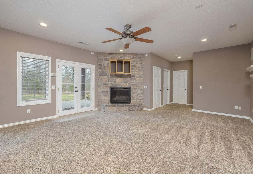 4733 West Woods End Drive Springfield, MO 65803 - Photo 39