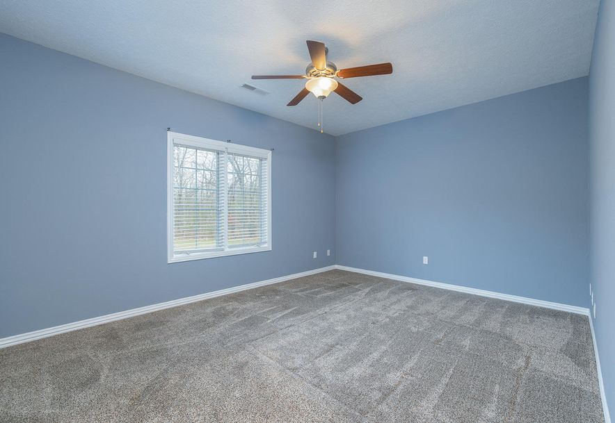4733 West Woods End Drive Springfield, MO 65803 - Photo 40