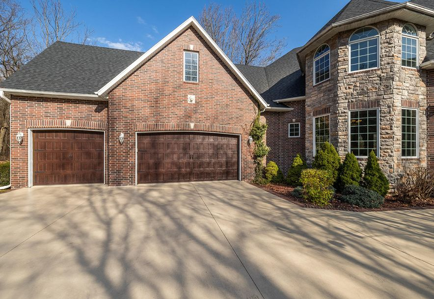4733 West Woods End Drive Springfield, MO 65803 - Photo 5