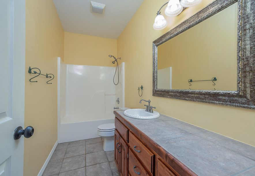 4733 West Woods End Drive Springfield, MO 65803 - Photo 42