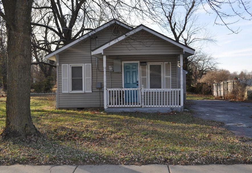 2223 North Elizabeth Avenue Springfield, MO 65803 - Photo 2