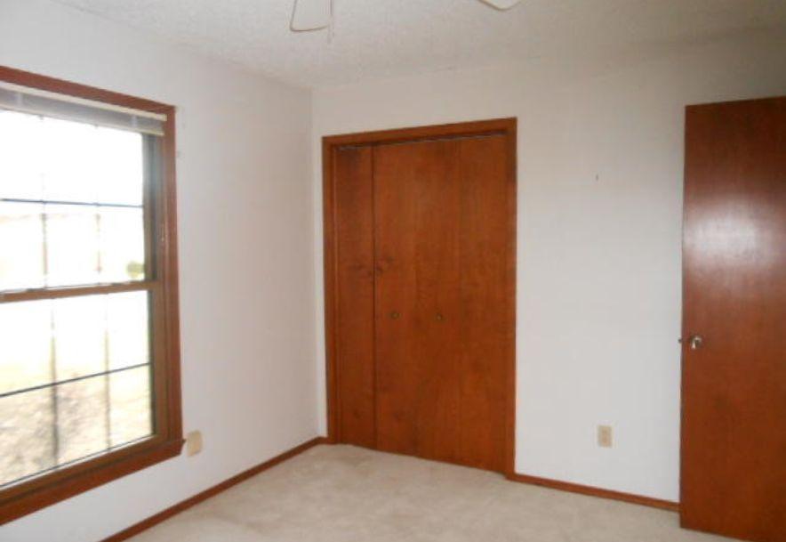 814 East Deerfield Street Springfield, MO 65807 - Photo 6