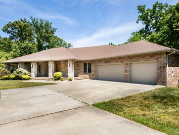 1909 South Shady Hill Lane Springfield, MO 65809 - Image 1