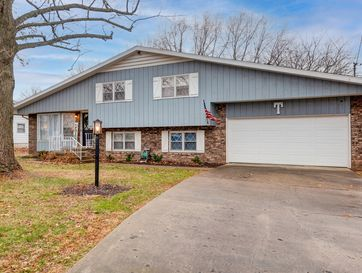 3319 North Delaware Avenue Springfield, MO 65803 - Image 1
