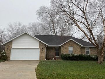 3552 West Vincent Drive Springfield, MO 65810 - Image 1