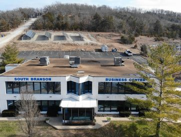 101 State Drive Hollister, MO 65672 - Image 1