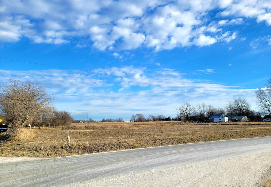 834 North Farm Road 115 Springfield, MO 65802 - Photo 1