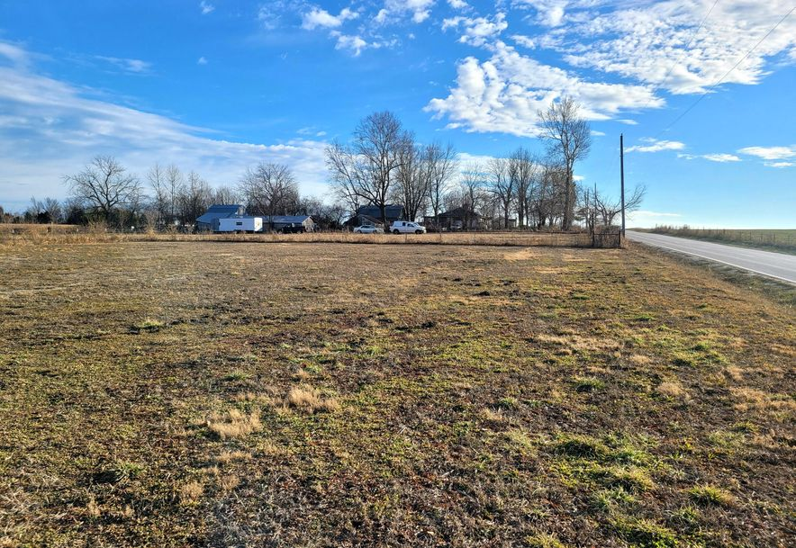 834 North Farm Road 115 Springfield, MO 65802 - Photo 2