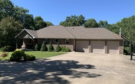 Photo Of 14997 South 2281 Road Dunnegan, MO 65640