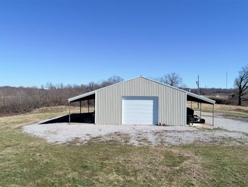 704  71 West Outer Road Anderson, MO 64831 - Image 1