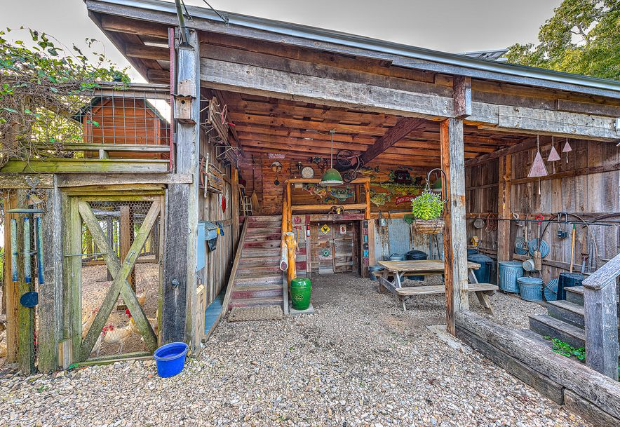 1150 County Rd 113 Eureka Springs, AR 72631 - Photo 52