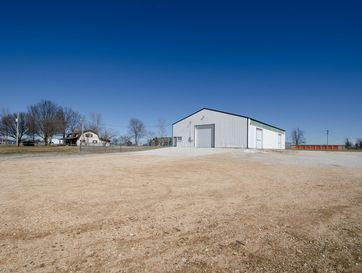 952 South Western Marionville, MO 65705 - Image 1