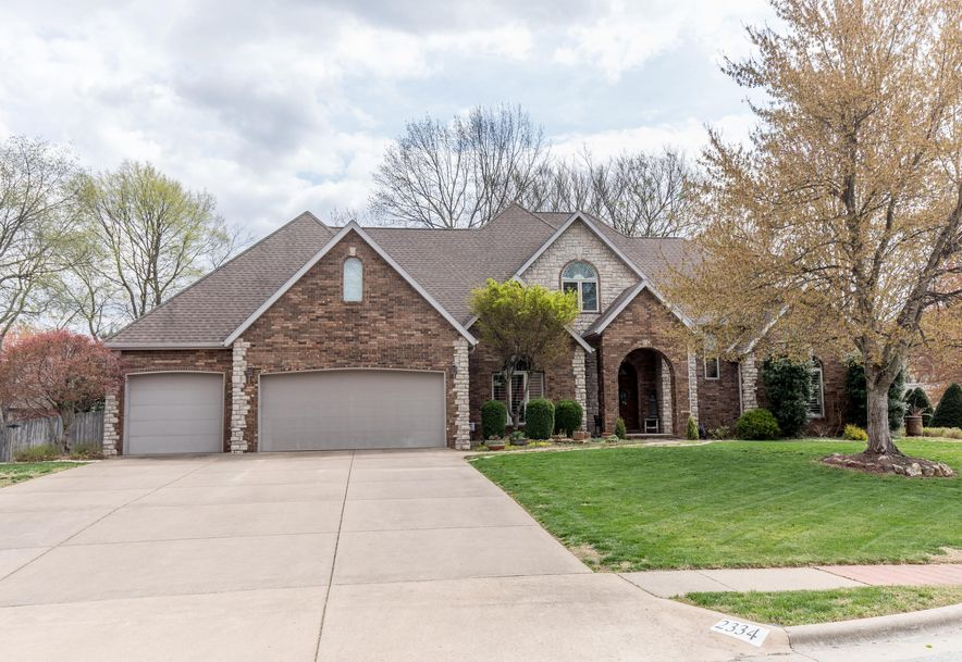 2334 South Oakbrook Avenue Springfield, MO 65809 - Photo 2