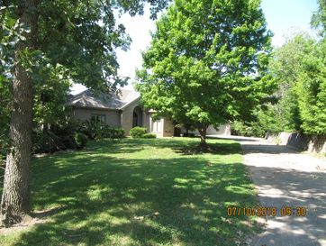 1003 Silvercrest Place Reeds Spring, MO 65737 - Image 1