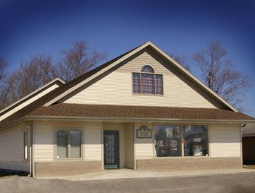 121 East Pine Street Strafford, MO 65757 - Image