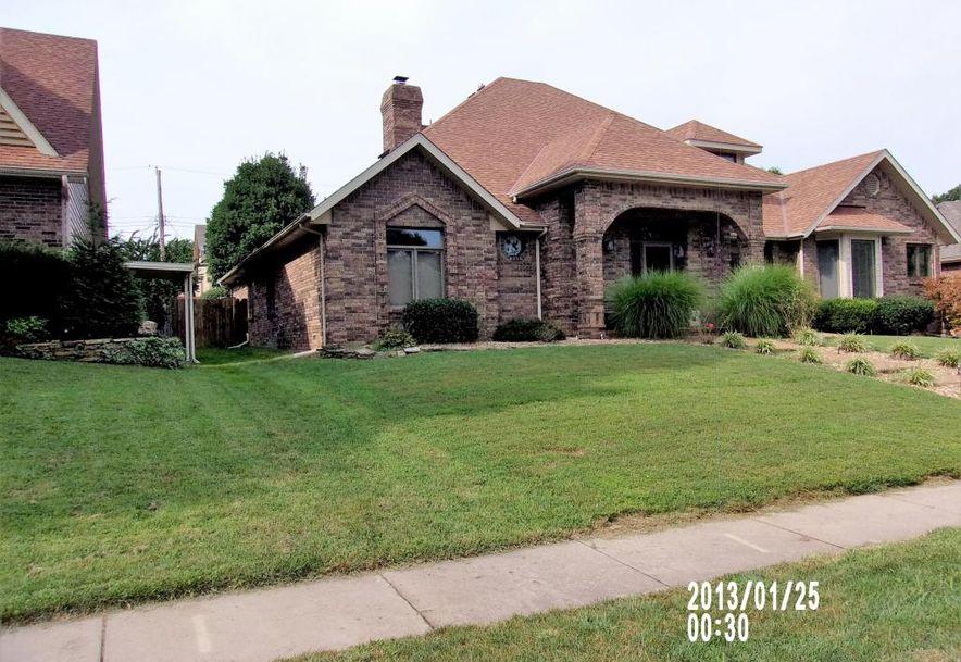 3947 East Linwood Terrace Springfield, MO 65809 - Photo 2