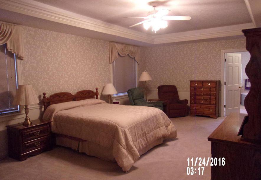 3947 East Linwood Terrace Springfield, MO 65809 - Photo 18
