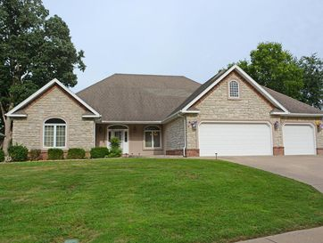 2512 South Forrest Heights Avenue Springfield, MO 65809 - Image 1