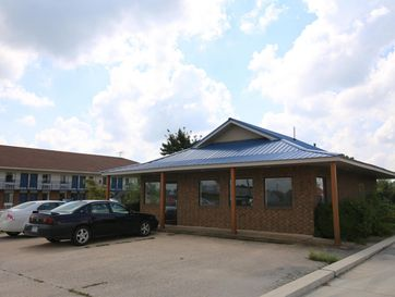 298 East 19th Street Mountain Grove, MO 65711 - Image 1