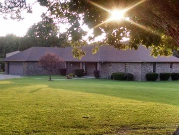 11785 North Farm Road 241 Fair Grove, MO 65648 - Image 1