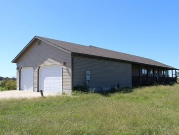 200 Brookfield Road Taneyville, MO 65759 - Image 1