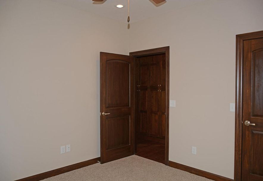 3810 East Cherry #14 Springfield, MO 65804 - Photo 43