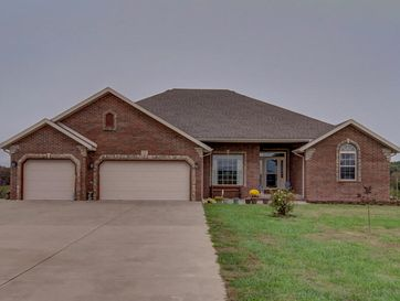 211 Ranch Estates Drive Highlandville, MO 65669 - Image 1