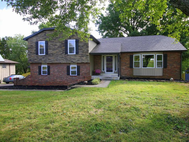 Photo of 2458 South Blackman Road
